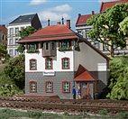 11373 Auhagen - HO Bausatz - Stellwerk Neumühle