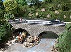 41589 Auhagen - Kleine Strassenbrücke meliert - HO
