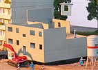 HO Bausatz - Plattenbau WBS70 Ergänzung 2 Ebenen (Piko 61147)