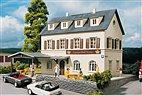 Piko 61830 - Landgasthof Krone - HO Bausatz