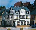 12255 Auhagen - Eckhaus Irish Pub - HO/TT Bausatz