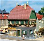 HO/TT Bausatz - Wohnhaus mit Laden (Auhagen 12347)